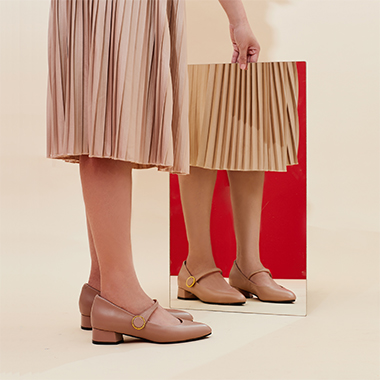 FASHION - HOW TO LOOK TALL IN FLATS