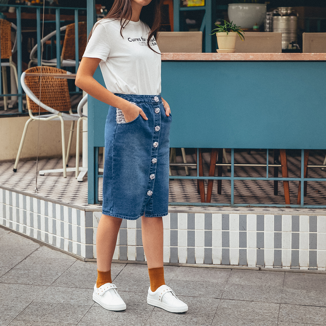 FASHION: WHITE SNEAKERS FOR EVERYDAY STYLING