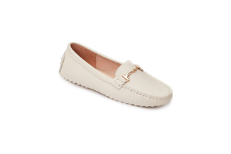 A8-2A Beige Loafer
