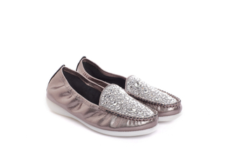898-3 Pewter Loafer