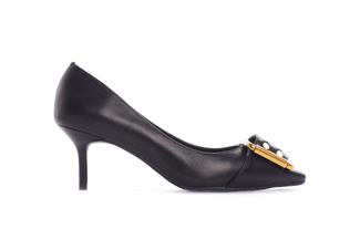 2328-11 Black Buckle Pumps
