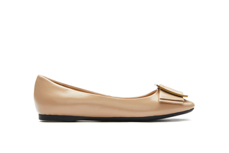 H02-17 Almond Buckle Leather Flats