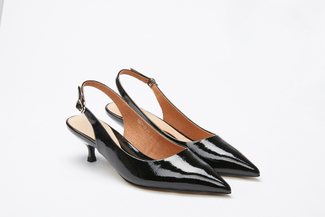 1827-13 Black Slingback Kitten Pumps