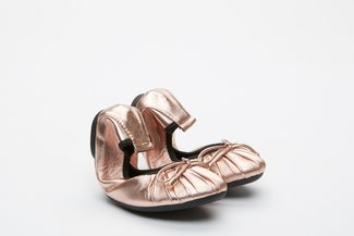 BB620-60 Kids Champagne Pleated Foldable Flats