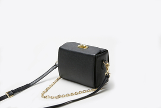 1008 Black Chain Strap Crossbody