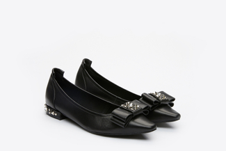 3990-1 Black Pointy Pumps