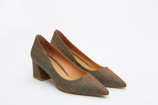 023-2A Khaki Tartan Pointed Toes Pumps