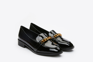 179-68A Black Metal Buckle Sleek Classic Loafers