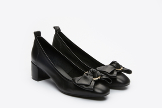 1838-1 Black Buckle Bow Pumps