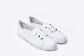668-3 White Contrast Stud Embellished Sneakers