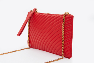 3905-1 Red Quilted Wristlet Purse