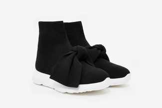 8-2 Black Stretch-knit Speed Trainers
