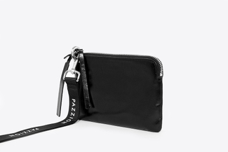 900101 Black Metallic Wristlet