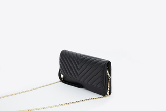 9052 Black Quilted Leather Pouch
