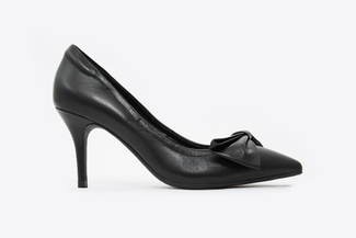 953-318 Black Bow Front Pointy Toe Pumps