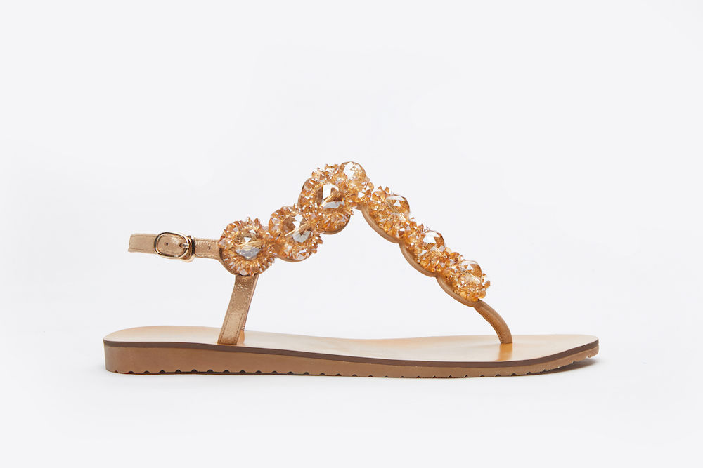b2b35f4d629c1f 5 Stylish   Comfortable Sandals You Can Wear To Work And Not Be ...