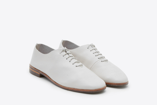 1030-2 Beige Lace Up Front Chukka Oxfords