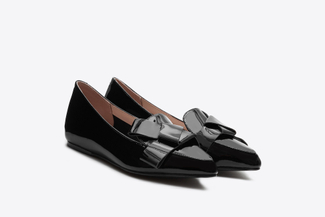 209-23 Black Glossy Origami Pointed Flats