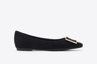 6067-001 Black Buckle Front Suede Pointy Flats