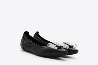 838-6 Black Bow Front Pointy Toe Flats
