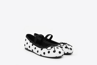 BB1620-1718 Kids White Polka Dot Flats