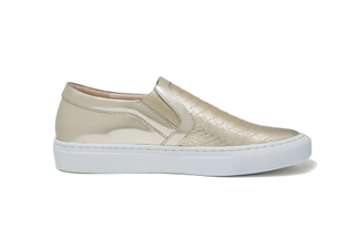 8988-126 Gold Metallic Sneakers