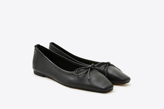 0535-206A Black Two-Way Ribbon Square Apron Toe Flats