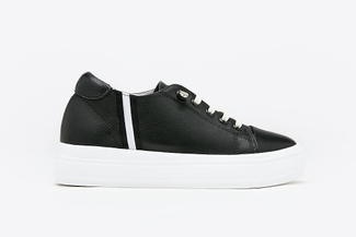 75-2 Black  Slip-on Platform Leather Sneakers