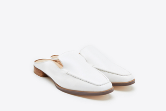 6352-8 White Classic Loafer Mule