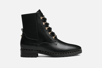 1811-1 Black Lace Up Boots