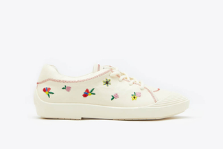 102-6 Beige Lace up Floral Sneakers