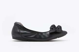 208-16 Black Double Knotted Bow Flats