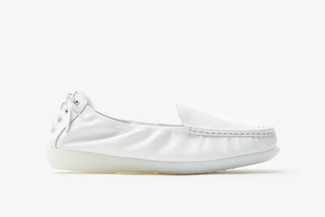 8AA67-1 White Slip-on Loafers
