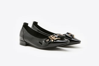 3990-6 Black Belt Buckle Patent Leather Pumps