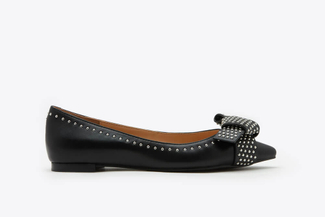 1359-3 Black Rivet Studs Double Knotted Pointy Toe Leather Flats