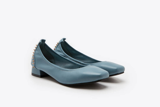 823-2 Blue Studded Square Toe Classic Pumps