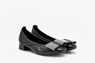 823-3 Black Oversized Bow Square Toe Leather Pumps