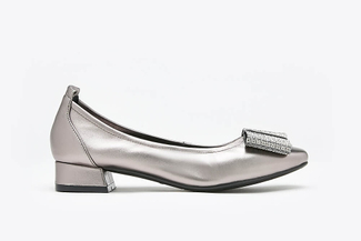 823-3 Pewter Oversized Bow Square Toe Leather Pumps