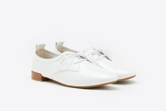 917-5 White Glossy Lace-up Patent Leather Loafers