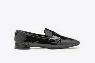 058-1A Black Glossy Patent Leather Loafers