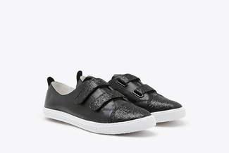668-15 Black Glitter Accent Leather Sneakers