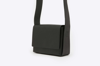 S1218 Black Structured Crossbody Leather Shoulder Bag