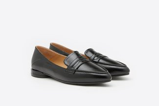 201-1A Black Pointy Toe Leather Loafers