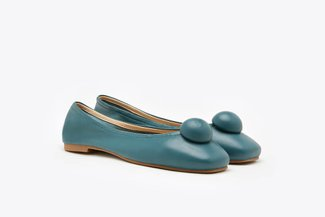 366-19 Green Spherical Ornament Square Toe Leather Flats