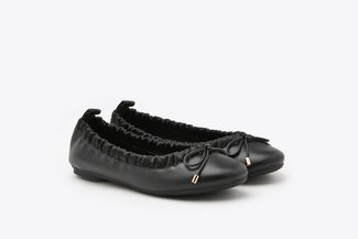 620-33 Black Fitted Ribbon Ballerina Leather Flats