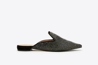 658-5 Black Roll Crystal Embellished Pointy Toe Leather Mules