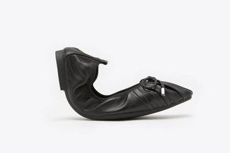 733-3 Black Square Toe Ribbon Pleated Foldable Leather Flats