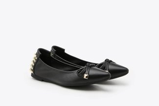 833-20 Black Spikes Embellished Leather Pointy Toe Flats
