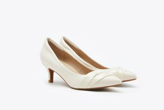 898-7  Beige Patent Draped Leather Mid Pointy Heels