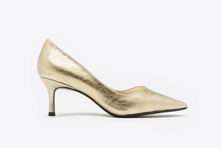 335-1 Gold Classic Pointed Toe Leather Pumps